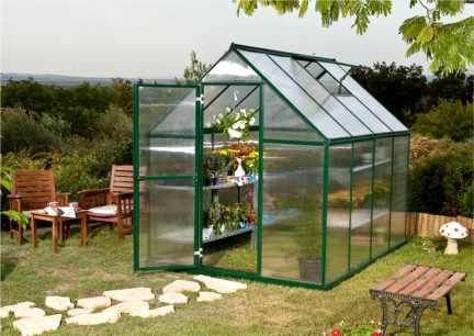 fixation d 39 un abri de jardin dans la terre. Black Bedroom Furniture Sets. Home Design Ideas